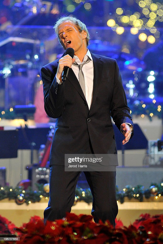 Singer <a gi-track='captionPersonalityLinkClicked' href=/galleries/search?phrase=Michael+Bolton&family=editorial&specificpeople=208230 ng-click='$event.stopPropagation()'>Michael Bolton</a> performs at A Hollywood Christmas Celebration at The Grove on November 11, 2012 in Los Angeles, California.