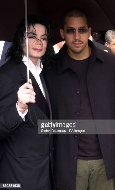 US singer Michael Jackson and US magician David Blaine during a tour of the Houses of Parliment in London Jackson was the guest of Labour Peer Lord...