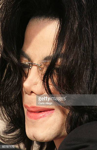 Singer Michael Jackson arrives at the Santa Barbara County courthouse for his child molestation trial May 4 2005 in Santa Maria California Jackson is...