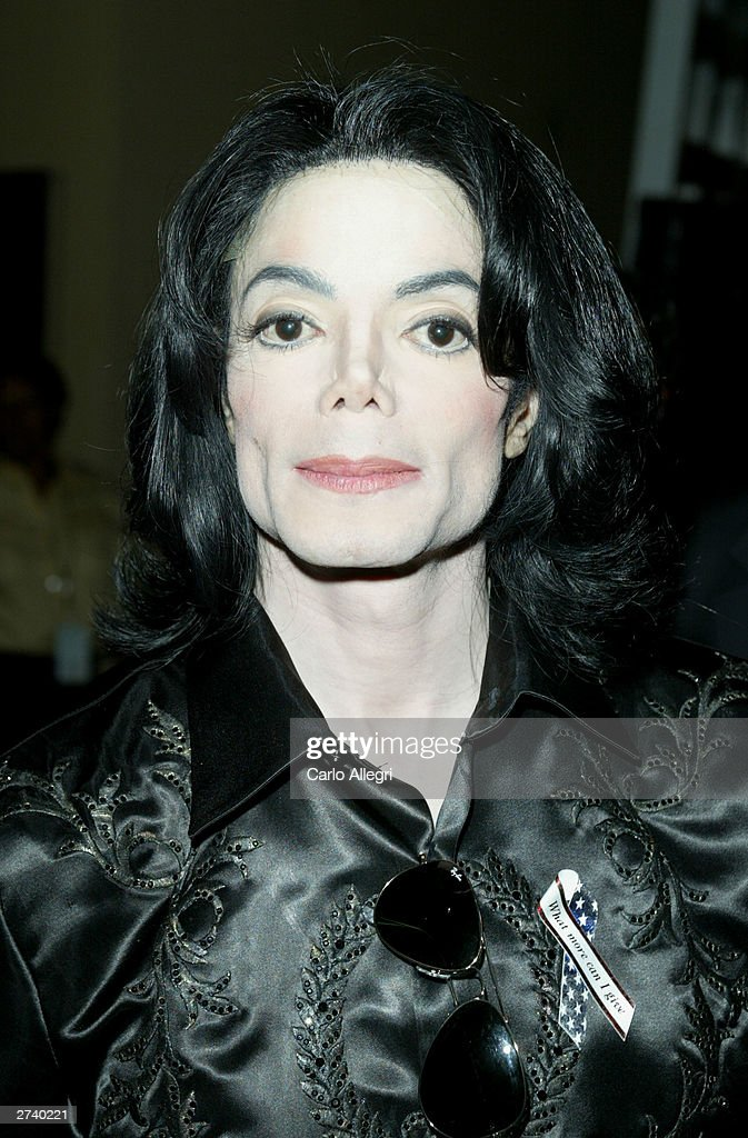Singer <a gi-track='captionPersonalityLinkClicked' href=/galleries/search?phrase=Michael+Jackson&family=editorial&specificpeople=70011 ng-click='$event.stopPropagation()'>Michael Jackson</a> poses backstage at the 2003 Radio Music Awards at the Aladdin Casino Resort October 27, 2003 in Las Vegas, Nevada. Police armed with a search warrant swarmed Jackson's Neverland Ranch in the Santa Ynez Valley November 18, 2003 outside of Santa Barbara. The purpose of the search was not disclosed.