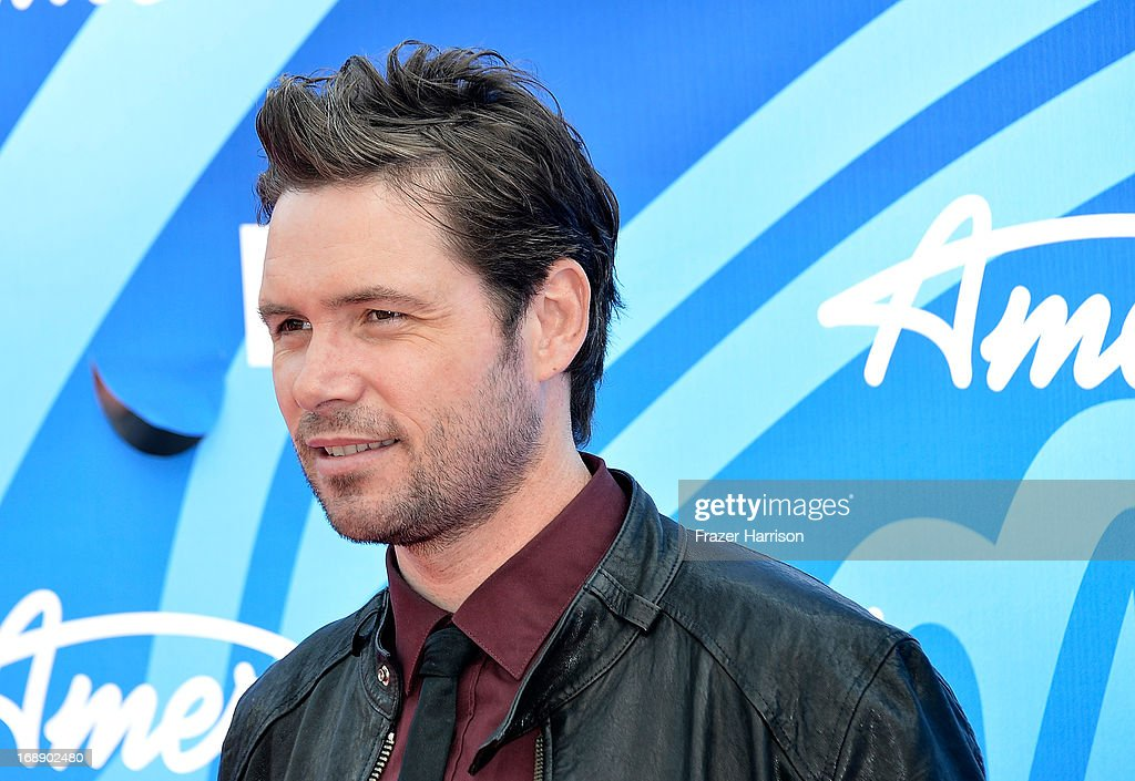Singer <a gi-track='captionPersonalityLinkClicked' href=/galleries/search?phrase=Michael+Johns&family=editorial&specificpeople=4897964 ng-click='$event.stopPropagation()'>Michael Johns</a> attends Fox's 'American Idol 2013' Finale - Results Show at Nokia Theatre L.A. Live on May 16, 2013 in Los Angeles, California.