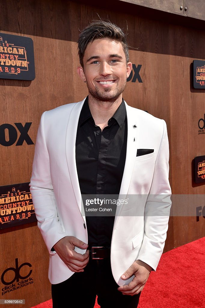 Singer Michael Ray attends the 2016 American Country Countdown Awards at The Forum on May 1, 2016 in Inglewood, California.