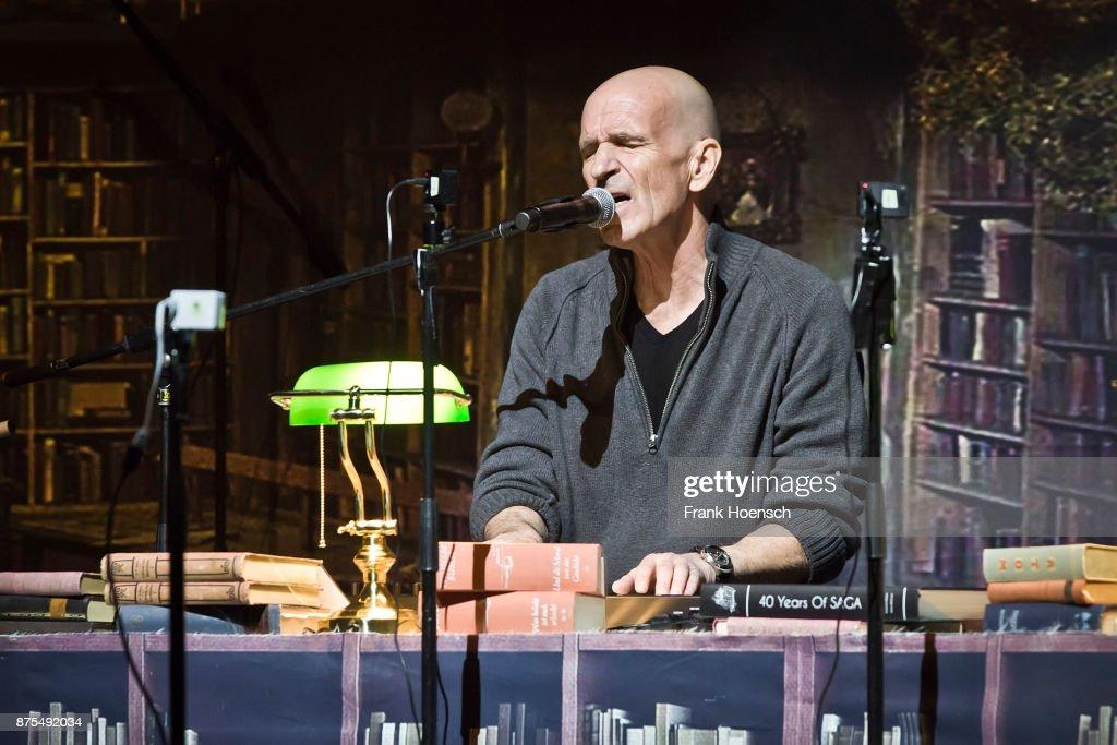 Saga Perform In Berlin