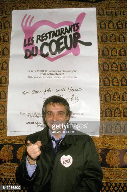 Singer Michel Sardou at the Restaurants du Coeur on December 10 1987 in France France