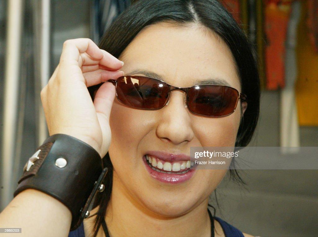 serengeti sunglasses  Serengeti Eyewear Fotograf铆as e im谩genes de stock