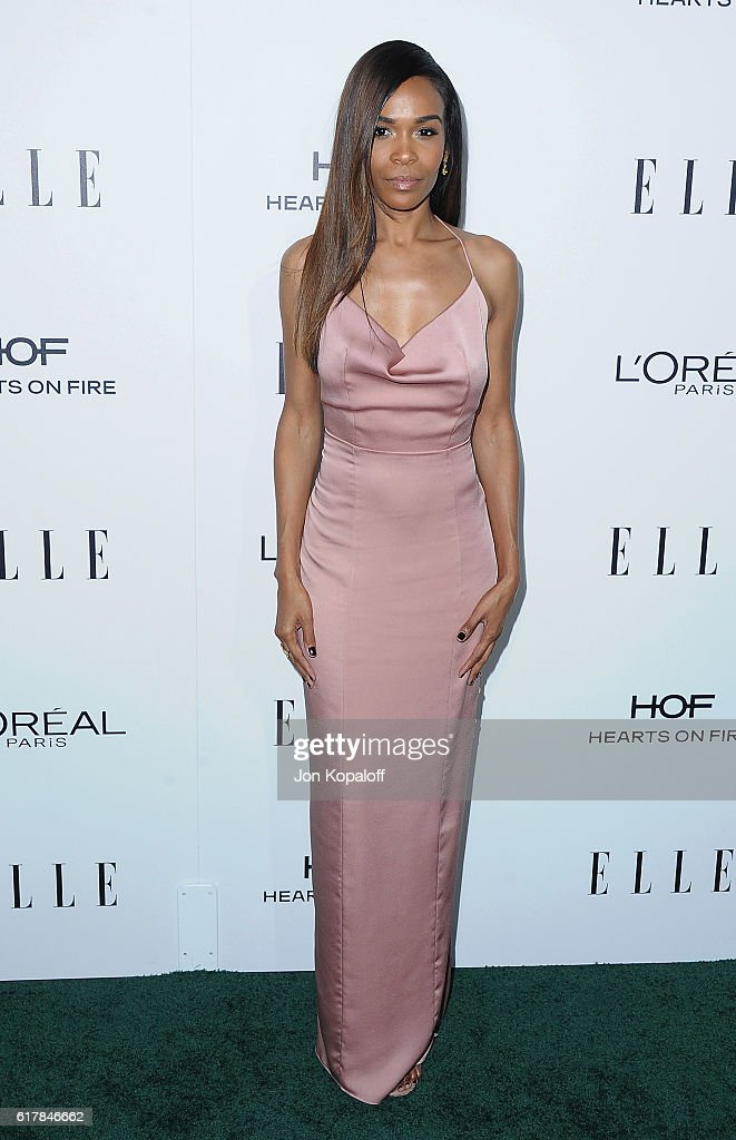 Singer Michelle Williams arrives at the 23rd Annual ELLE Women In Hollywood Awards at Four Seasons Hotel Los Angeles at Beverly Hills on October 24, 2016 in Los Angeles, California.