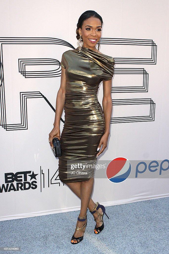 Singer Michelle Williams attends 'PRE' BET Awards Dinner at Milk Studios on June 28, 2014 in Hollywood, California.