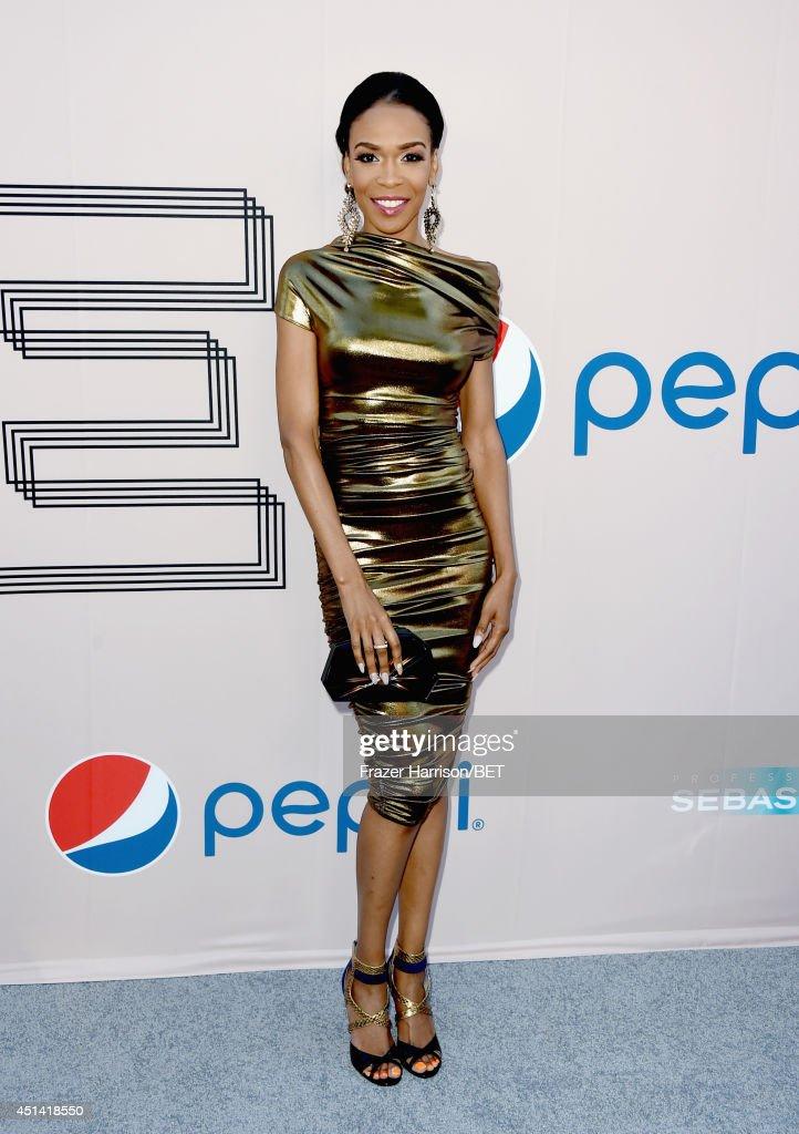 Singer Michelle Williams attends the BET AWARDS '14 Debra Lee's Pre-Dinner held at Milk Studios on June 28, 2014 in Los Angeles, California.