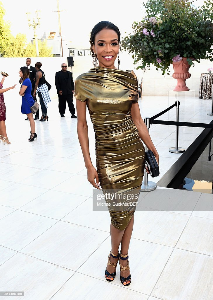 Singer <a gi-track='captionPersonalityLinkClicked' href=/galleries/search?phrase=Michelle+Williams+-+Singer&family=editorial&specificpeople=3944758 ng-click='$event.stopPropagation()'>Michelle Williams</a> attends the BET AWARDS '14 Debra Lee's Pre-Dinner held at Milk Studios on June 28, 2014 in Los Angeles, California.
