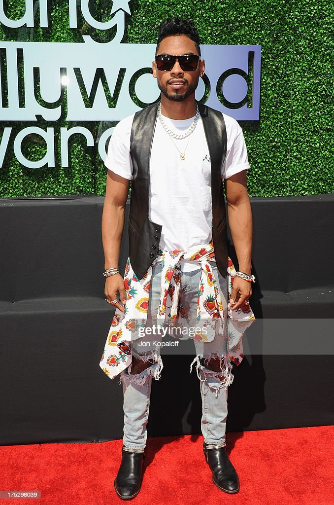Singer Miguel arrives at the 15th Annual Young Hollywood Awards at The Broad Stage on August 1, 2013 in Santa Monica, California.