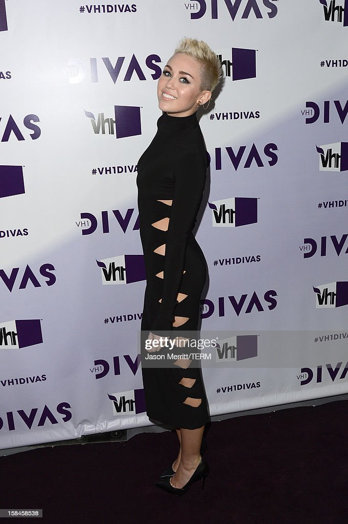 Singer Miley Cyrus arrives at 'VH1 Divas' 2012 held at The Shrine Auditorium on December 16, 2012 in Los Angeles, California.