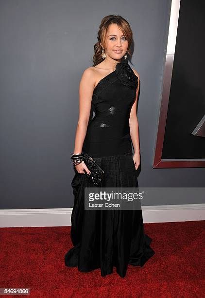Singer Miley Cyrus arrives to the 51st Annual GRAMMY Awards held at the Staples Center on February 8 2009 in Los Angeles California