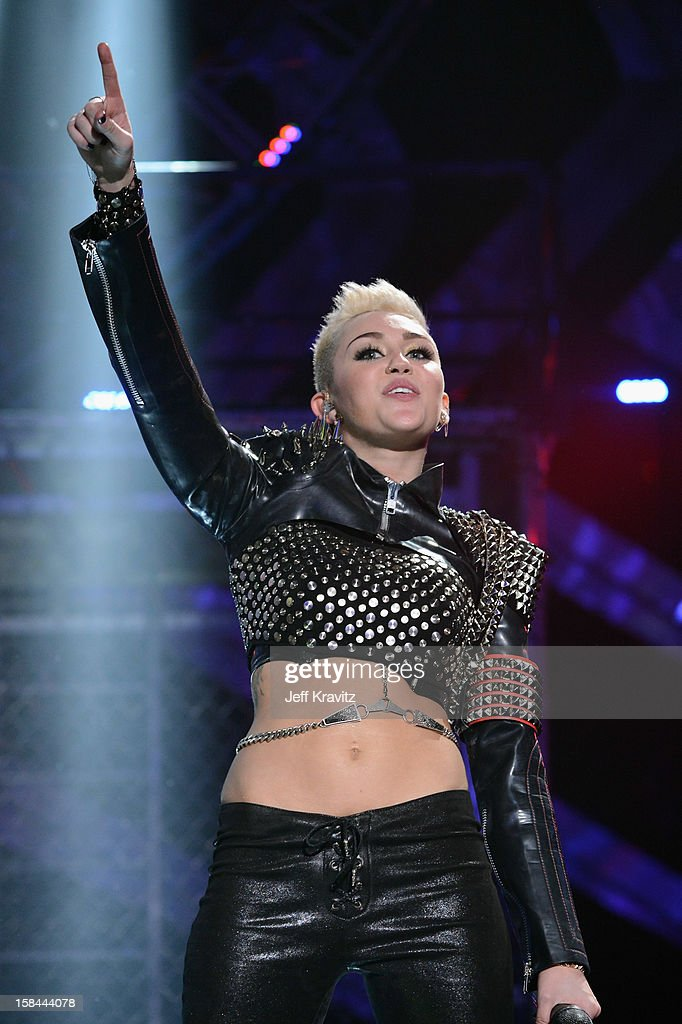Singer Miley Cyrus performs on stage at 'VH1 Divas' 2012 at The Shrine Auditorium on December 16, 2012 in Los Angeles, California.