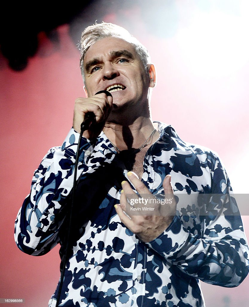 Singer <a gi-track='captionPersonalityLinkClicked' href=/galleries/search?phrase=Morrissey+-+Cantante&family=editorial&specificpeople=11521934 ng-click='$event.stopPropagation()'>Morrissey</a> performs at Hollywood High School on March 2, 2013 in Los Angeles, California.