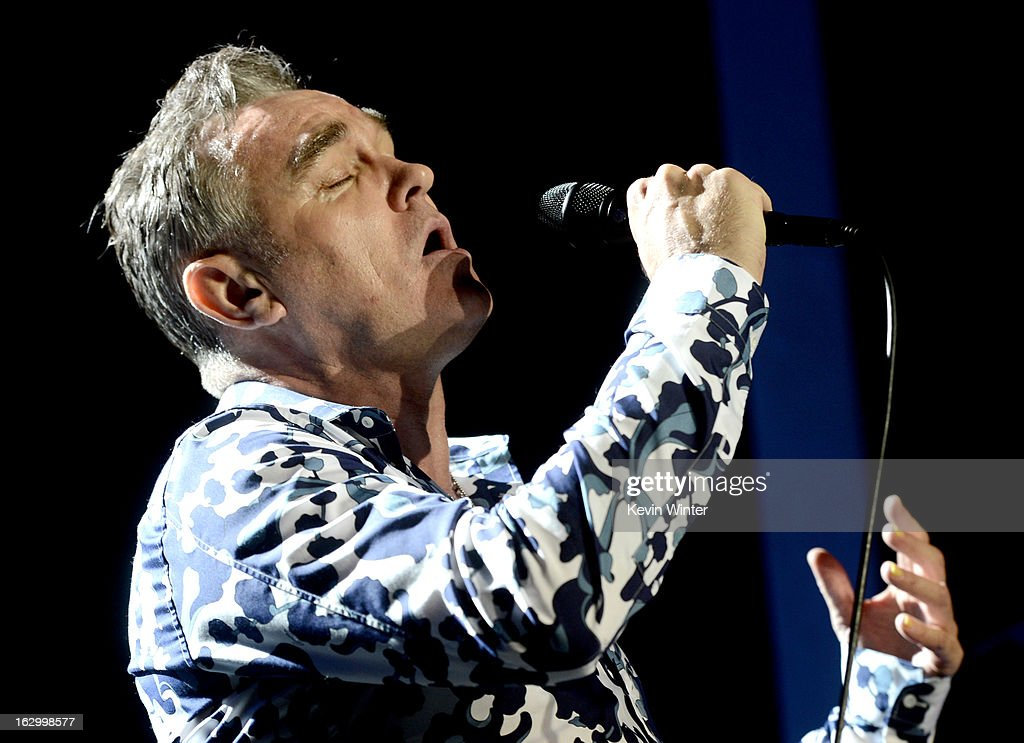 Singer <a gi-track='captionPersonalityLinkClicked' href=/galleries/search?phrase=Morrissey+-+Zanger&family=editorial&specificpeople=11521934 ng-click='$event.stopPropagation()'>Morrissey</a> performs at Hollywood High School on March 2, 2013 in Los Angeles, California.