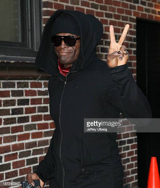 Singer / Musician Seal arrives to 'Late Show with David Letterman' at Ed Sullivan Theater on January 16 2012 in New York City