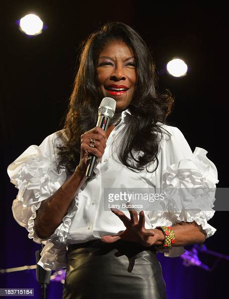 Singer Natalie Cole performs onstage at Tony Bennett and Susan Benedetto's 'Exploring the Arts Gala' to support arts education in public high schools...