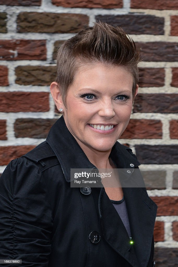 Singer <a gi-track='captionPersonalityLinkClicked' href=/galleries/search?phrase=Natalie+Maines&family=editorial&specificpeople=213616 ng-click='$event.stopPropagation()'>Natalie Maines</a> enters the 'Late Show With David Letterman' taping at the Ed Sullivan Theater on May 8, 2013 in New York City.