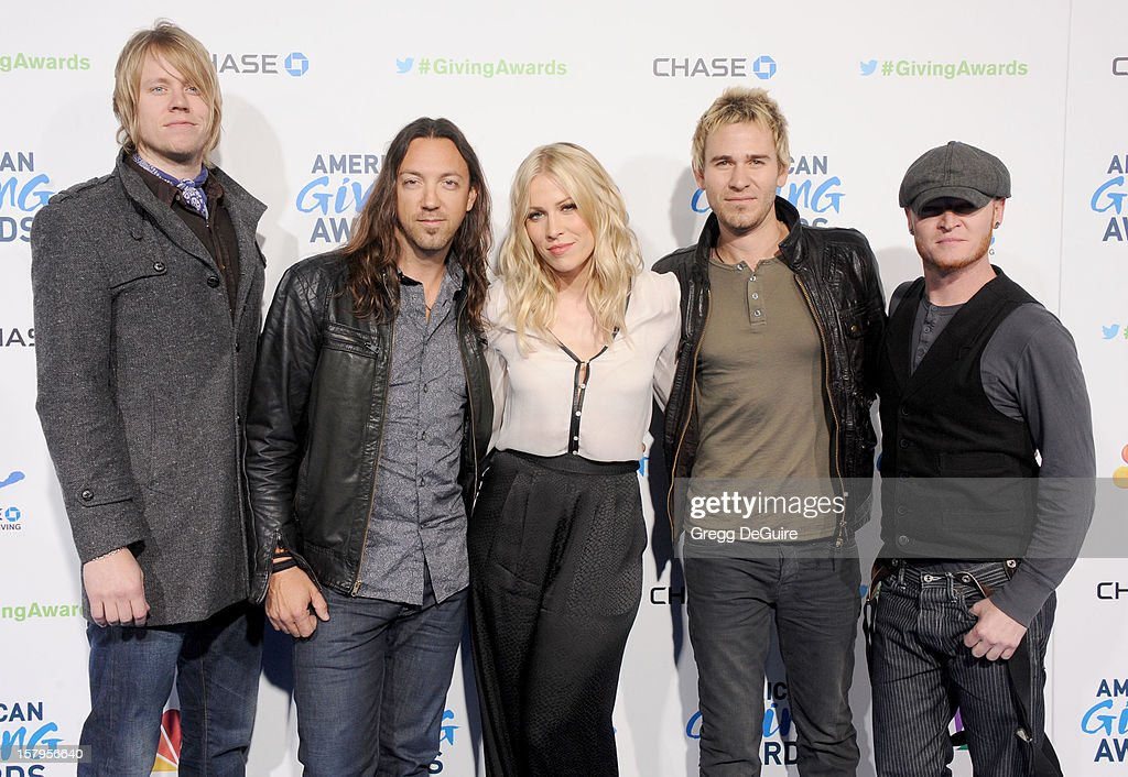 Singer Natasha Bedingfield (C) and musical group <a gi-track='captionPersonalityLinkClicked' href=/galleries/search?phrase=Lifehouse&family=editorial&specificpeople=871524 ng-click='$event.stopPropagation()'>Lifehouse</a> arrive at the 2nd Annual American Giving Awards at the Pasadena Civic Auditorium on December 7, 2012 in Pasadena, California.