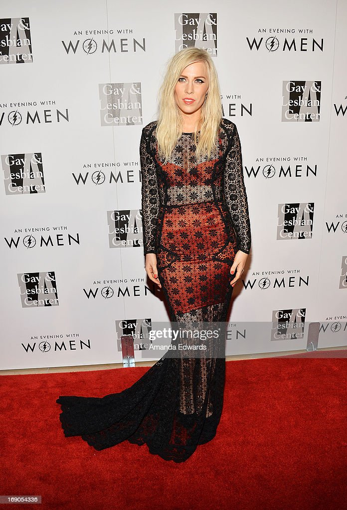 Singer Natasha Bedingfield arrives at the L.A. Gay & Lesbian Center's 2013 'An Evening With Women' Gala at The Beverly Hilton Hotel on May 18, 2013 in Beverly Hills, California.