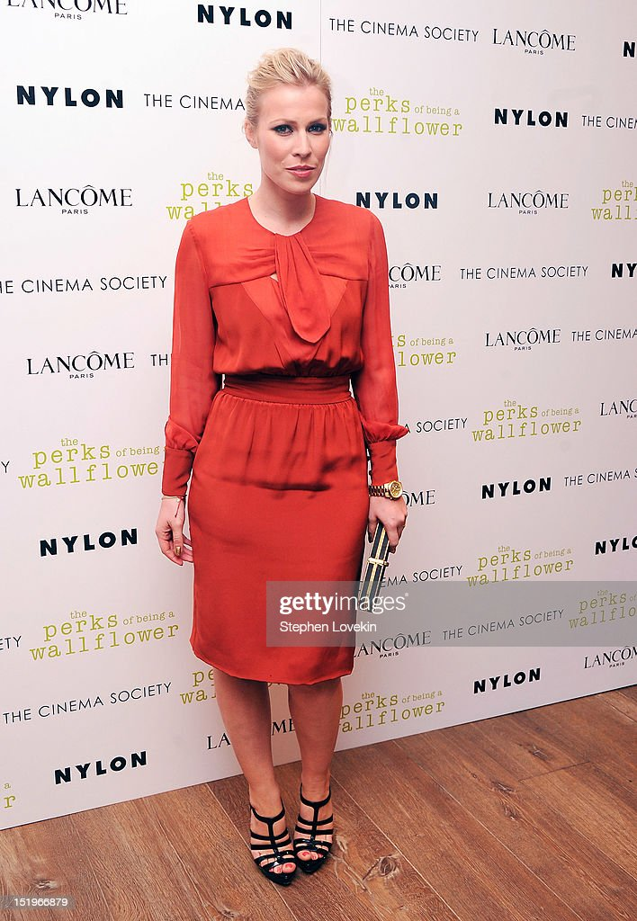 Singer <a gi-track='captionPersonalityLinkClicked' href=/galleries/search?phrase=Natasha+Bedingfield&family=editorial&specificpeople=171728 ng-click='$event.stopPropagation()'>Natasha Bedingfield</a> attends The Cinema Society special screening of 'The Perks Of Being A Wall Flower' on September 13, 2012 in New York City.