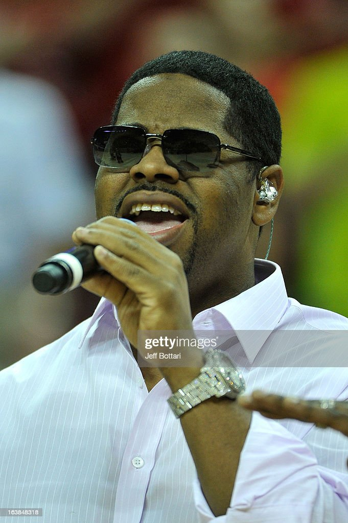 Singer <a gi-track='captionPersonalityLinkClicked' href=/galleries/search?phrase=Nathan+Morris&family=editorial&specificpeople=206731 ng-click='$event.stopPropagation()'>Nathan Morris</a> of the group Boyz II Men sings the American national anthem prior to the UNLV Rebels playing against the New Mexico Lobos for the championship game of the Reese's Mountain West Conference Basketball tournament at the Thomas & Mack Center on March 16, 2013 in Las Vegas, Nevada. New Mexico won 63-56.