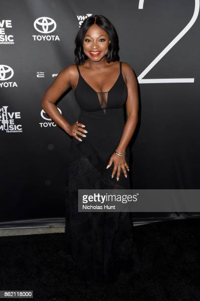Singer Naturi Naughton attends VH1 Save The Music 20th Anniversary Gala at SIR Stage37 on October 16 2017 in New York City