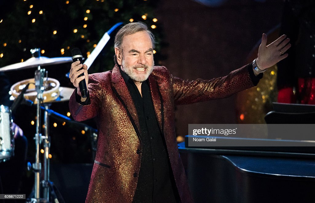Singer Neil Diamond performs at the 84th Rockefeller Center Christmas Tree Lighting ceremony at Rockefeller Center on November 30, 2016 in New York City.