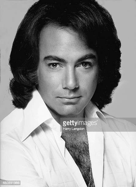 Singer Neil Diamond poses for a portrait in 1980 in Los Angeles California