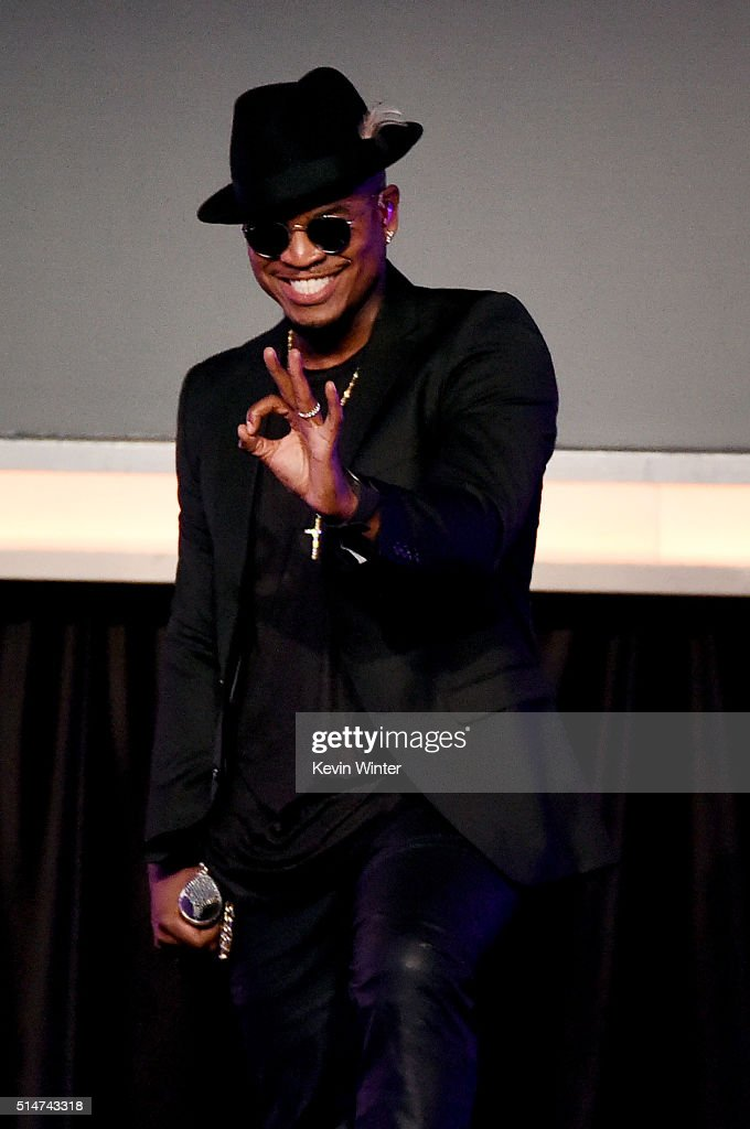 Singer <a gi-track='captionPersonalityLinkClicked' href=/galleries/search?phrase=Ne-Yo&family=editorial&specificpeople=451543 ng-click='$event.stopPropagation()'>Ne-Yo</a> performs at the Alliance for Children's Rights' 24th annual dinner at The Beverly Hilton Hotel on March 10, 2016 in Beverly Hills, California.