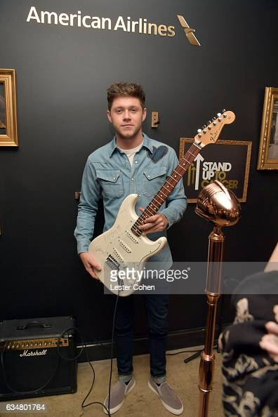Singer Niall Horan attends Sir Lucian Grainge's 2017 Artist Showcase presented by American Airlines and Citi at Ace Hotel on February 11 2017 in Los...