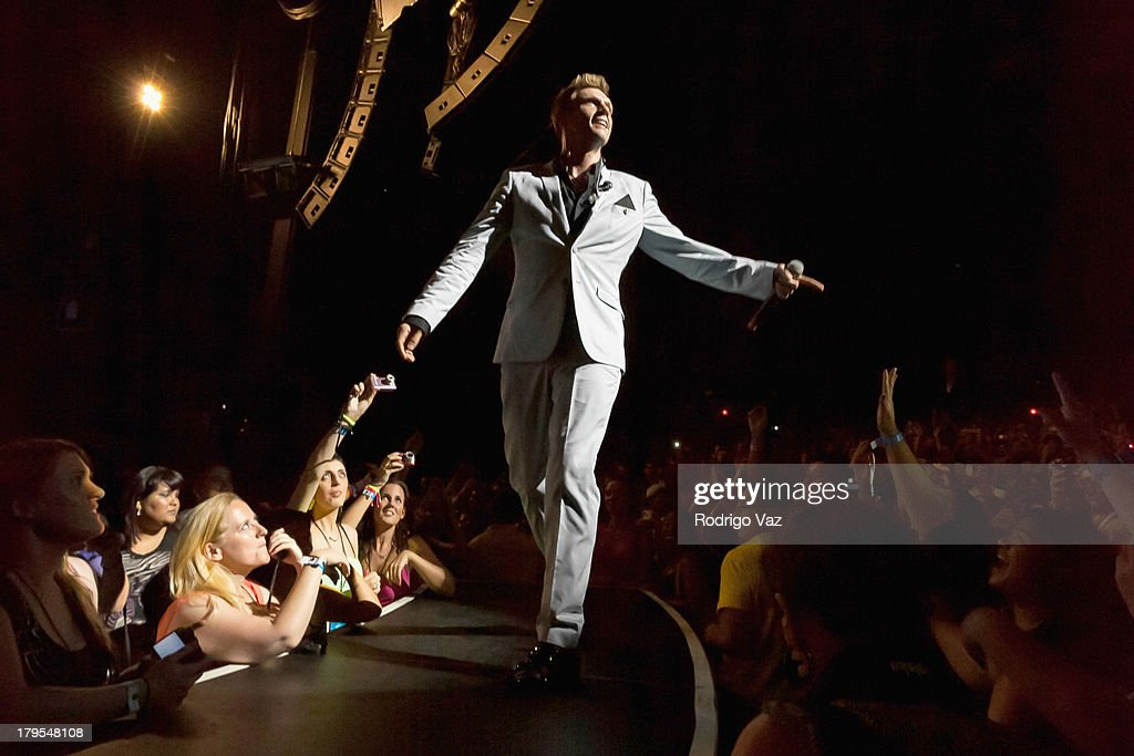 Singer <a gi-track='captionPersonalityLinkClicked' href=/galleries/search?phrase=Nick+Carter&family=editorial&specificpeople=201755 ng-click='$event.stopPropagation()'>Nick Carter</a> of Backstreet Boys performs at Backstreet Boys In Concert at Gibson Amphitheatre on September 4, 2013 in Universal City, California.