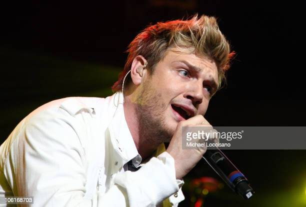 Singer Nick Carter of the Backstreet Boys performs onstage during Z100's Jingle Ball 2007 at Madison Square Garden December 14 2007 in New York City