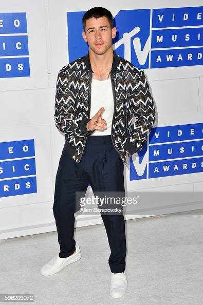 Singer Nick Jonas arrives at the 2016 MTV Video Music Awards at Madison Square Garden on August 28 2016 in New York City