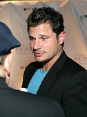 Singer Nick Lachey arrives at the Super Skins Kickoff Party hosted by Nick Lachey and Jimmie Johnson at the Hula Bay Club on January 30 2009 in Tampa...