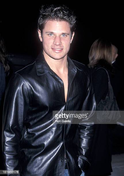 Singer Nick Lachey of 98 Degrees attends the 'I Am Sam' Beverly Hills Premiere on December 3 2001 at the Academy of Motion Picture Arts Sciences in...