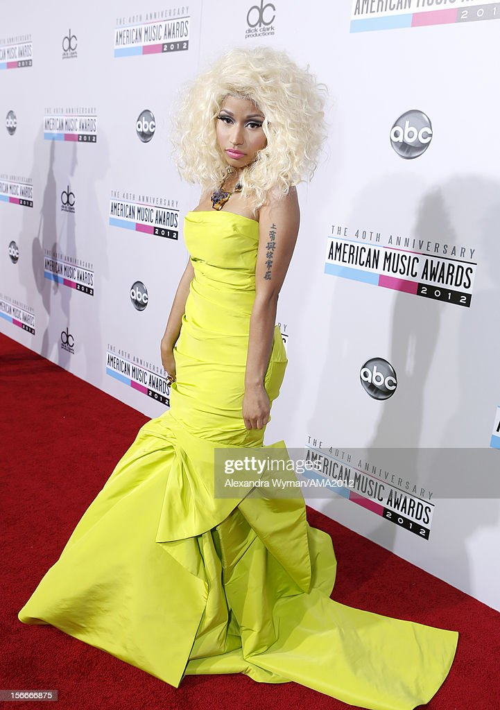Singer <a gi-track='captionPersonalityLinkClicked' href=/galleries/search?phrase=Nicki+Minaj+-+Artista&family=editorial&specificpeople=6362705 ng-click='$event.stopPropagation()'>Nicki Minaj</a> attends the 40th American Music Awards held at Nokia Theatre L.A. Live on November 18, 2012 in Los Angeles, California.