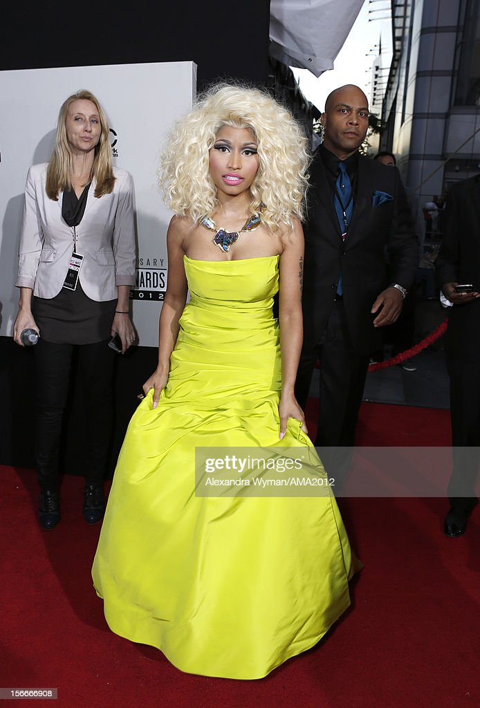 Singer <a gi-track='captionPersonalityLinkClicked' href=/galleries/search?phrase=Nicki+Minaj+-+Artist&family=editorial&specificpeople=6362705 ng-click='$event.stopPropagation()'>Nicki Minaj</a> attends the 40th American Music Awards held at Nokia Theatre L.A. Live on November 18, 2012 in Los Angeles, California.