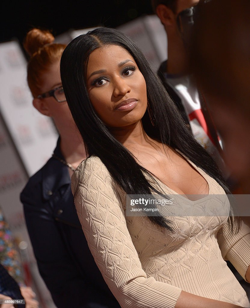 Singer <a gi-track='captionPersonalityLinkClicked' href=/galleries/search?phrase=Nicki+Minaj+-+Performer&family=editorial&specificpeople=6362705 ng-click='$event.stopPropagation()'>Nicki Minaj</a> attends the premiere of Twentieth Century Fox's 'The Other Woman' at Regency Village Theatre on April 21, 2014 in Westwood, California.