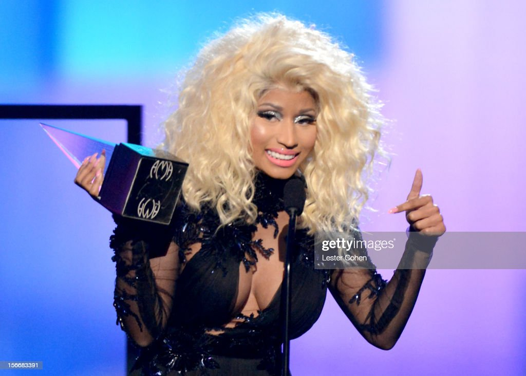 Singer <a gi-track='captionPersonalityLinkClicked' href=/galleries/search?phrase=Nicki+Minaj+-+K%C3%BCnstlerin&family=editorial&specificpeople=6362705 ng-click='$event.stopPropagation()'>Nicki Minaj</a> speaks onstage during the 40th Anniversary American Music Awards held at Nokia Theatre L.A. Live on November 18, 2012 in Los Angeles, California.