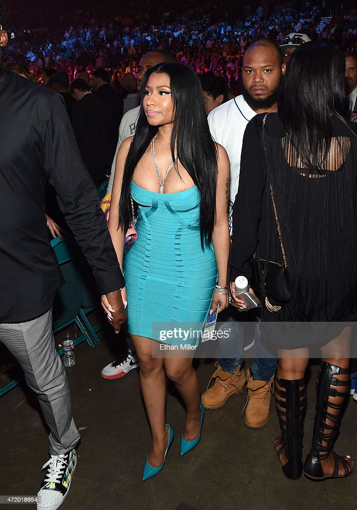 Singer Nicki Minaj walks ringside at 'Mayweather VS Pacquiao' presented by SHOWTIME PPV And HBO PPV at MGM Grand Garden Arena on May 2 2015 in Las...