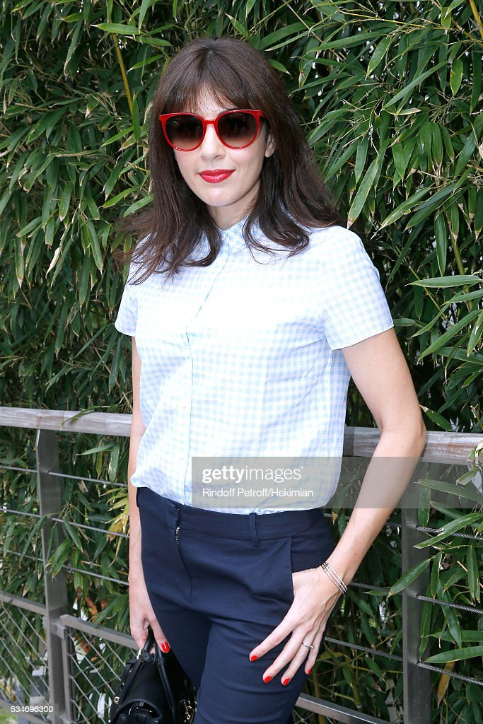 Singer <a gi-track='captionPersonalityLinkClicked' href=/galleries/search?phrase=Nolwenn+Leroy&family=editorial&specificpeople=4343653 ng-click='$event.stopPropagation()'>Nolwenn Leroy</a> attends the 2016 French Tennis Open - Day Six at Roland Garros on May 27, 2016 in Paris, France.