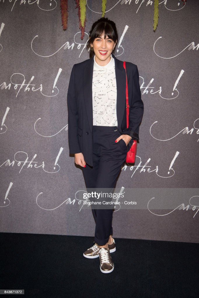Singer Nolwenn Leroy attends the French Premiere of 'mother!' at Cinema UGC Normandie on September 7, 2017 in Paris, France.
