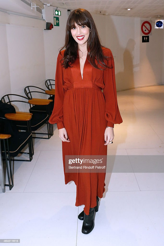 Singer <a gi-track='captionPersonalityLinkClicked' href=/galleries/search?phrase=Nolwenn+Leroy&family=editorial&specificpeople=4343653 ng-click='$event.stopPropagation()'>Nolwenn Leroy</a> attends the 'Vivement Dimanche' French TV show at Pavillon Gabriel on January 22, 2014 in Paris, France.