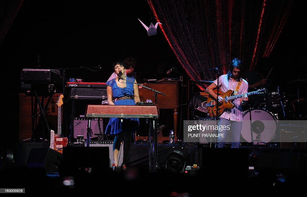 Singer Norah Jones (L) performs during her concert at A Summer's Day festival in Mumbai on March 3, 2013. Jones, who is the daughter of legendary Indian sitar player, the late Ravi Shankar, performed for the first time in the country.
