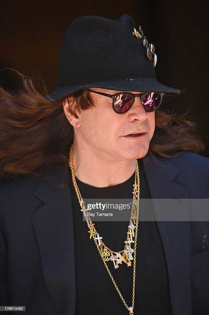 Singer <a gi-track='captionPersonalityLinkClicked' href=/galleries/search?phrase=Ozzy+Osbourne&family=editorial&specificpeople=138608 ng-click='$event.stopPropagation()'>Ozzy Osbourne</a> leaves his Tribeca hotel on August 14, 2013 in New York City.