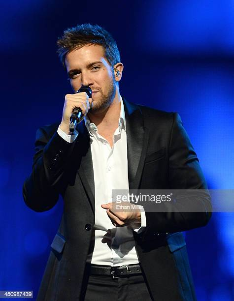 Singer Pablo Alboran performs onstage during the 2013 Person of the Year honoring Miguel Bose at the Mandalay Bay Convention Center on November 20...