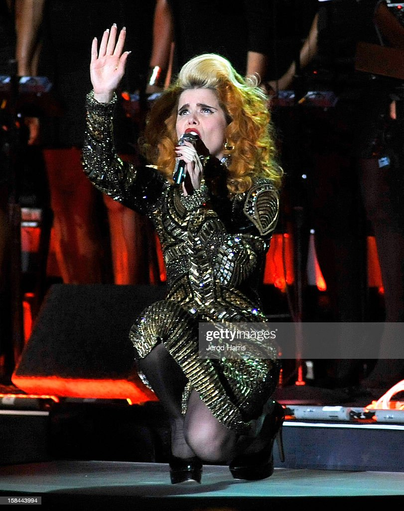 Singer Paloma Faith performs onstage at 'VH1 Divas' 2012 held at The Shrine Auditorium on December 16, 2012 in Los Angeles, California.