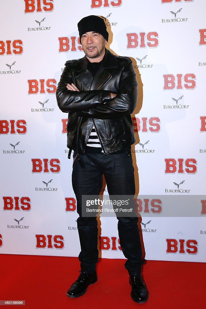 Singer <a gi-track='captionPersonalityLinkClicked' href=/galleries/search?phrase=Pascal+Obispo&family=editorial&specificpeople=549855 ng-click='$event.stopPropagation()'>Pascal Obispo</a> attends the 'Bis' Movie Paris Premiere at Cinema Gaumont Capucine on February 10, 2015 in Paris, France.