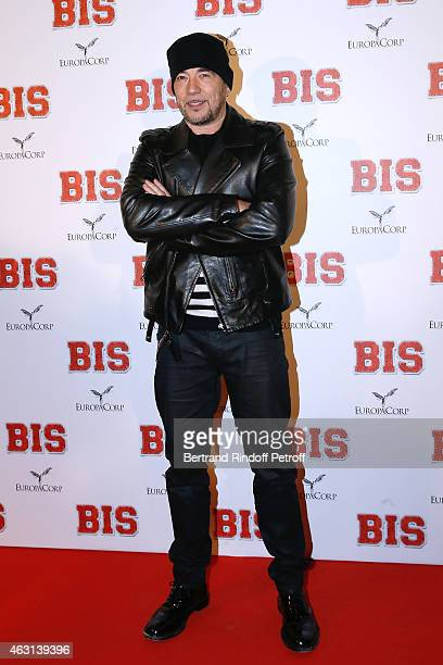 Singer Pascal Obispo attends the 'Bis' Movie Paris Premiere at Cinema Gaumont Capucine on February 10 2015 in Paris France